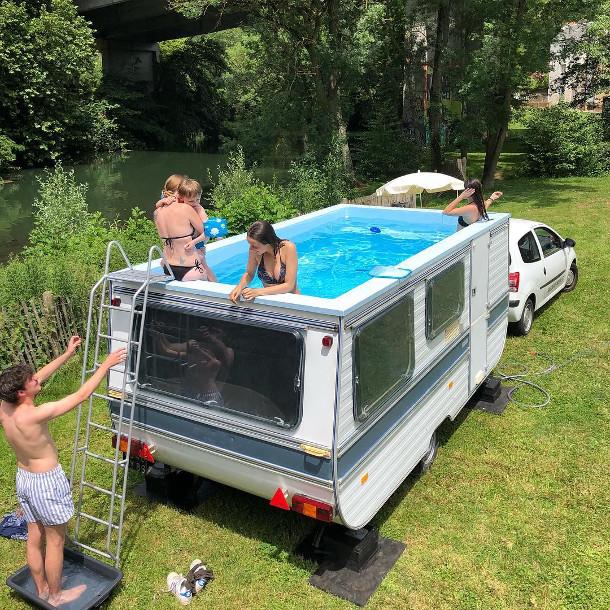 autos-zwempad-2